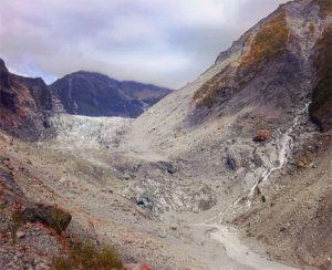 Fox_glacier_west_coast